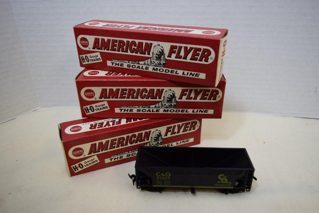 3 AMERICAN FLYER TRAIN  C & O GATE HOPPER CARS  NI
