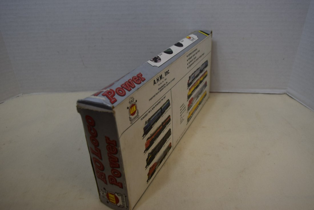 AHM HO LOCOMOTIVE 4828 IN BOX - 2