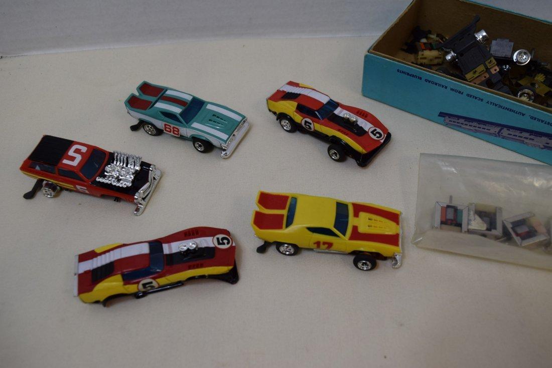 5 LIONEL 3'' SLOT CARS & PARTS - 3
