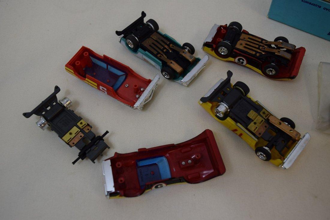 5 LIONEL 3'' SLOT CARS & PARTS - 4