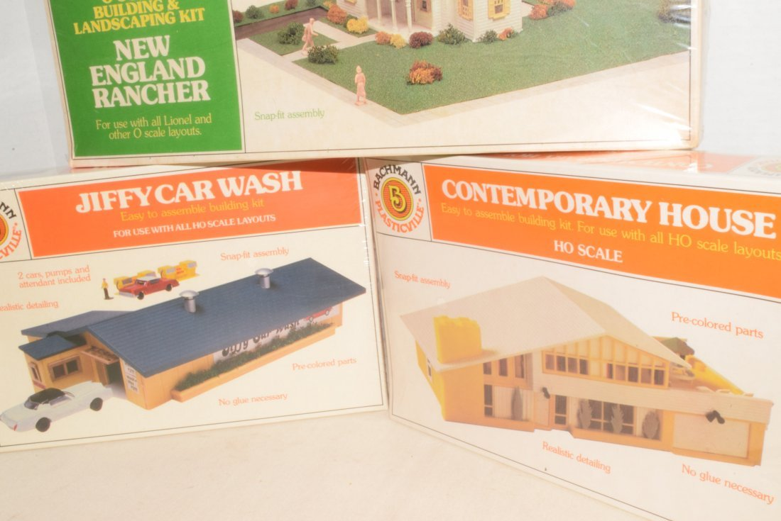 3 BACHMANN MODEL KITS -NIB - 2