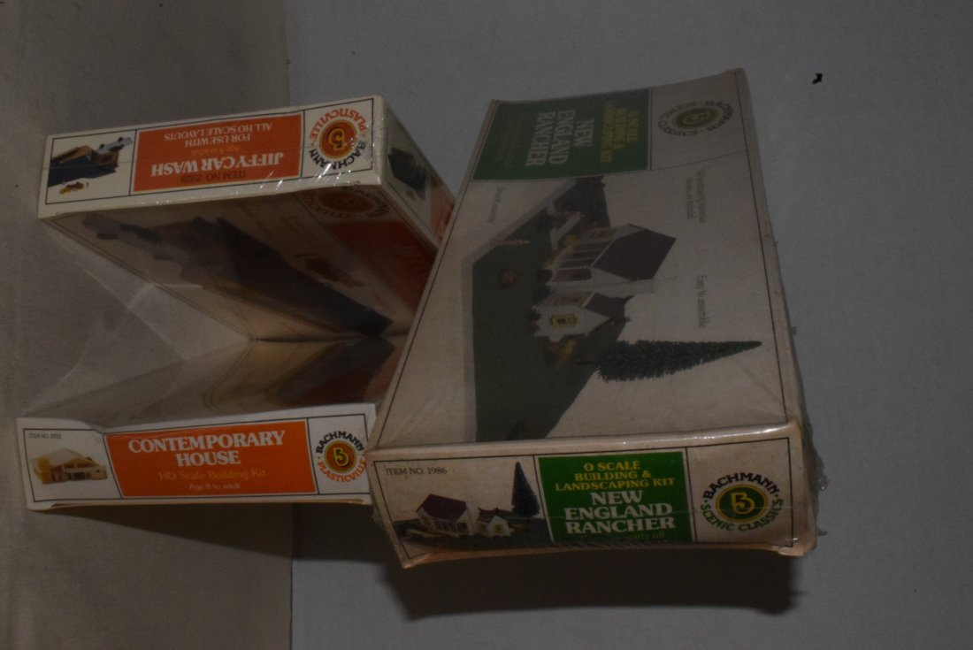 3 BACHMANN MODEL KITS -NIB - 3
