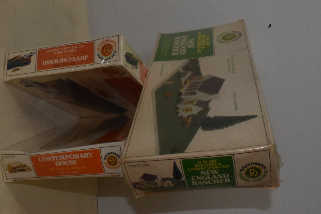 3 BACHMANN MODEL KITS -NIB - 4