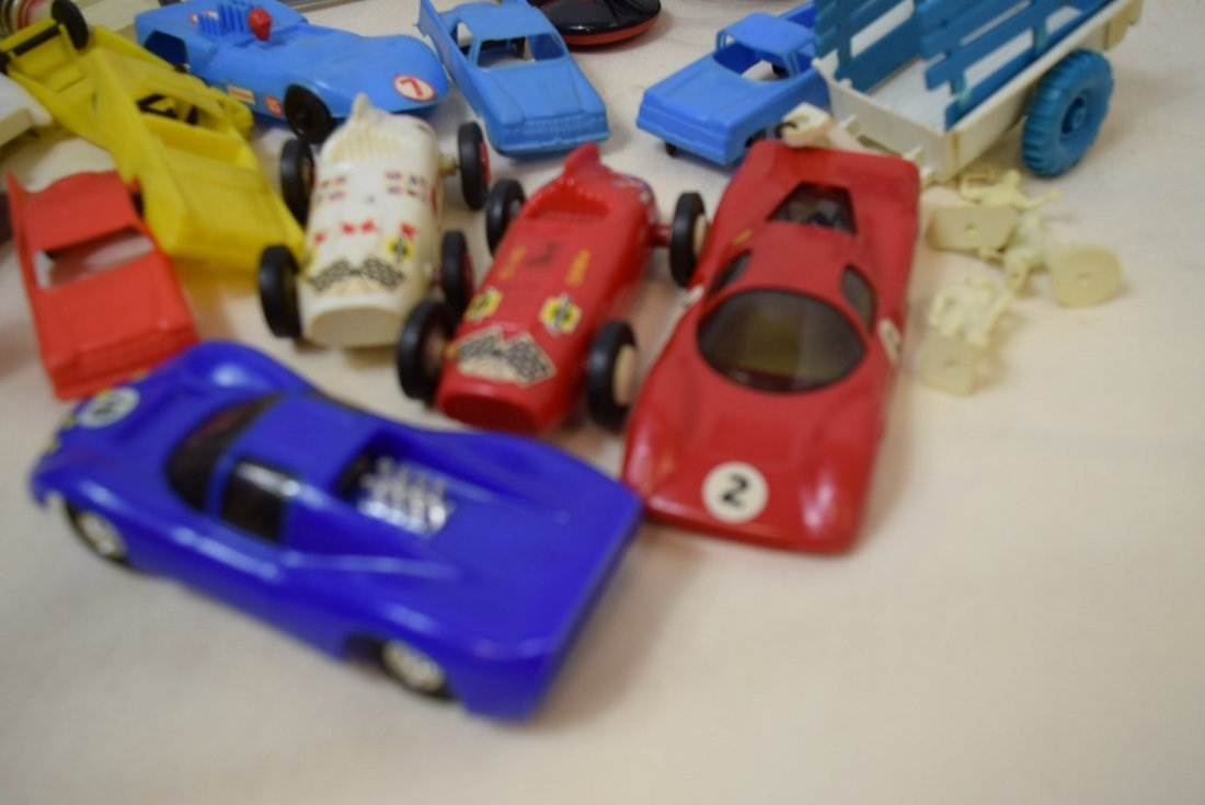 MIXED LOT OF SLOT CARS AND RACETRACK ACCESSORIES - 2