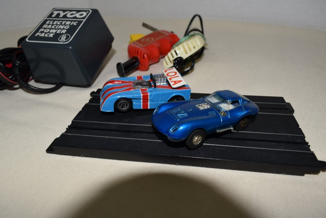 2 TYCO SLOT 2.5'' CAR RACERS AND MORE - 3