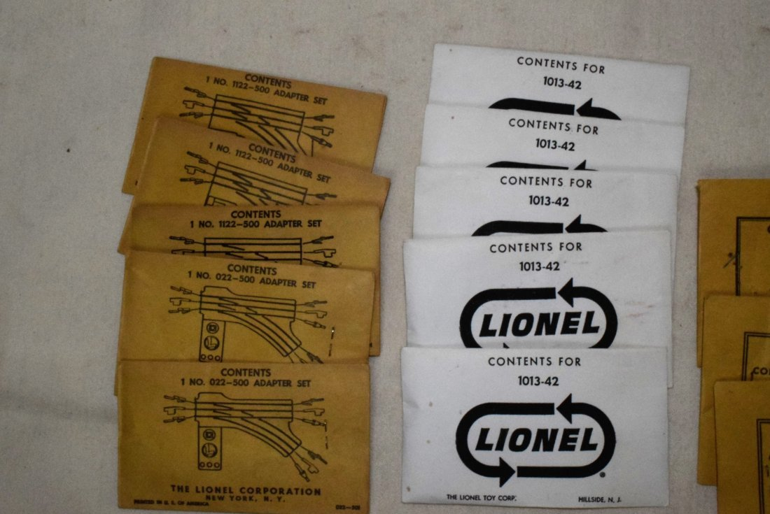 LIONEL PARTS IN ORIGINAL SLEEVES-ADAPTER SETS-STEE - 3