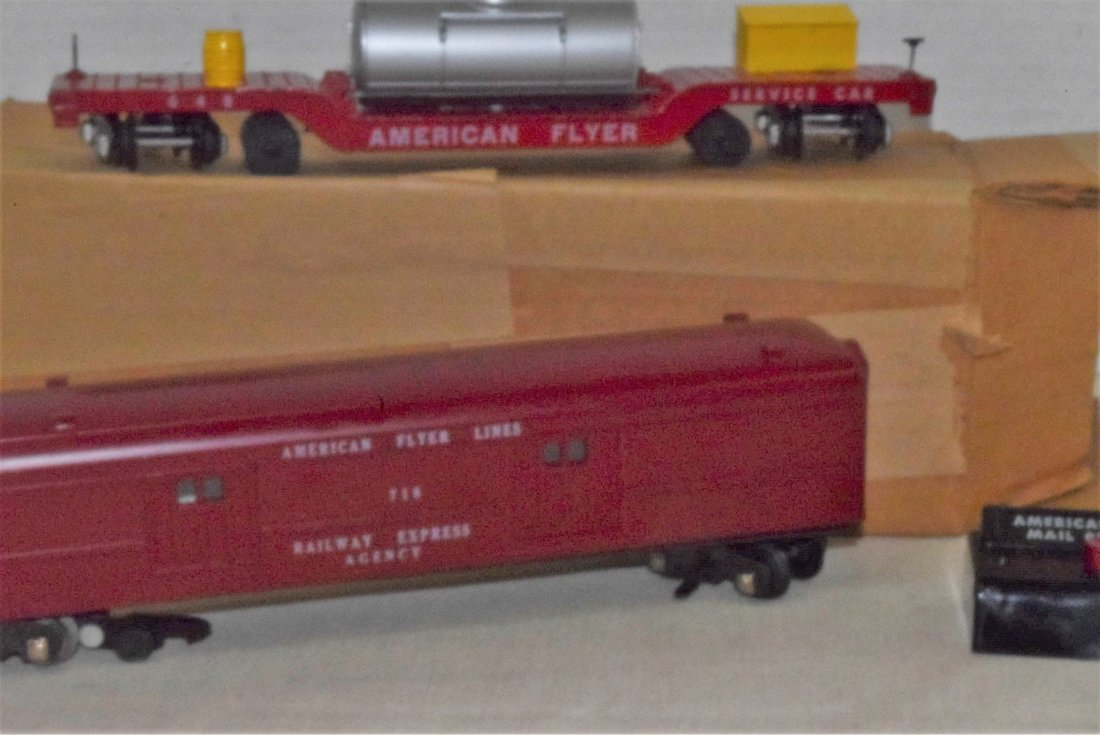 AMERICAN FLYER TRAIN-OPERATING MAIL PICK-UP CAR & - 2