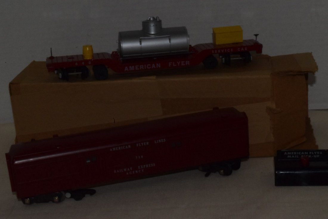 AMERICAN FLYER TRAIN-OPERATING MAIL PICK-UP CAR & - 3