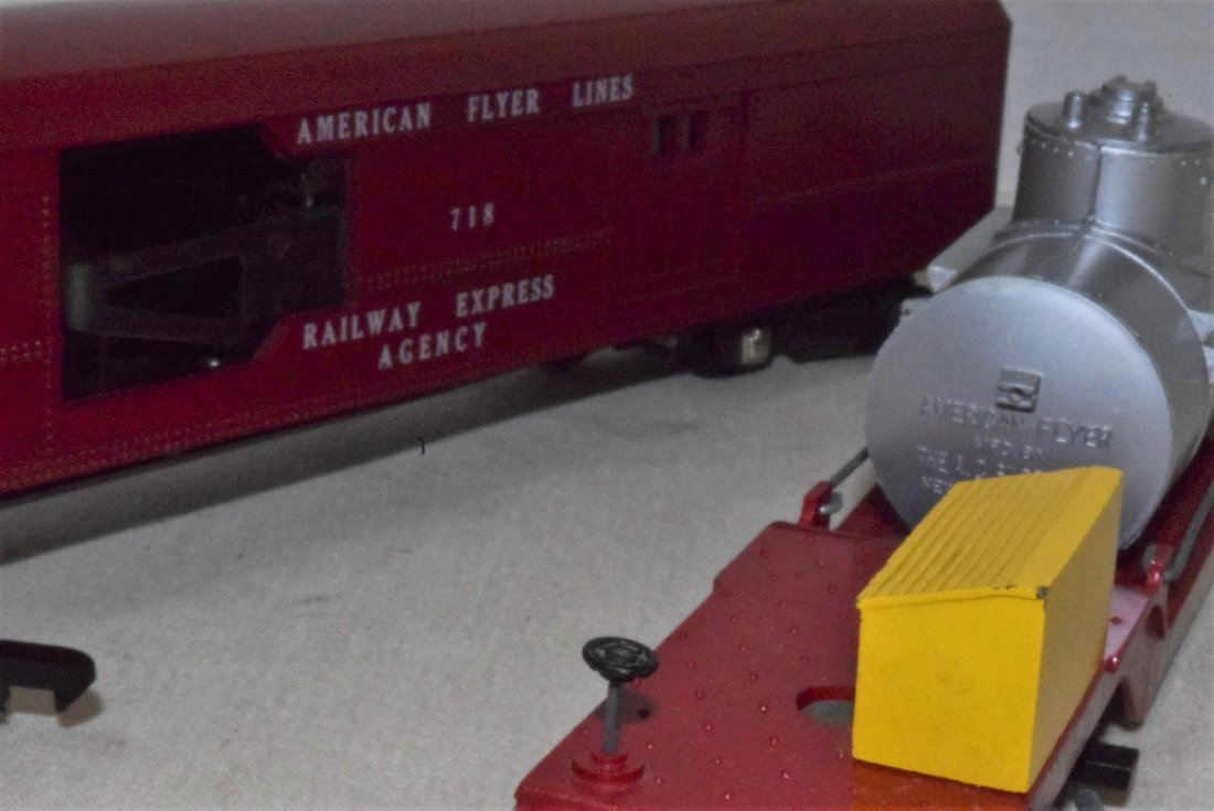 AMERICAN FLYER TRAIN-OPERATING MAIL PICK-UP CAR & - 7