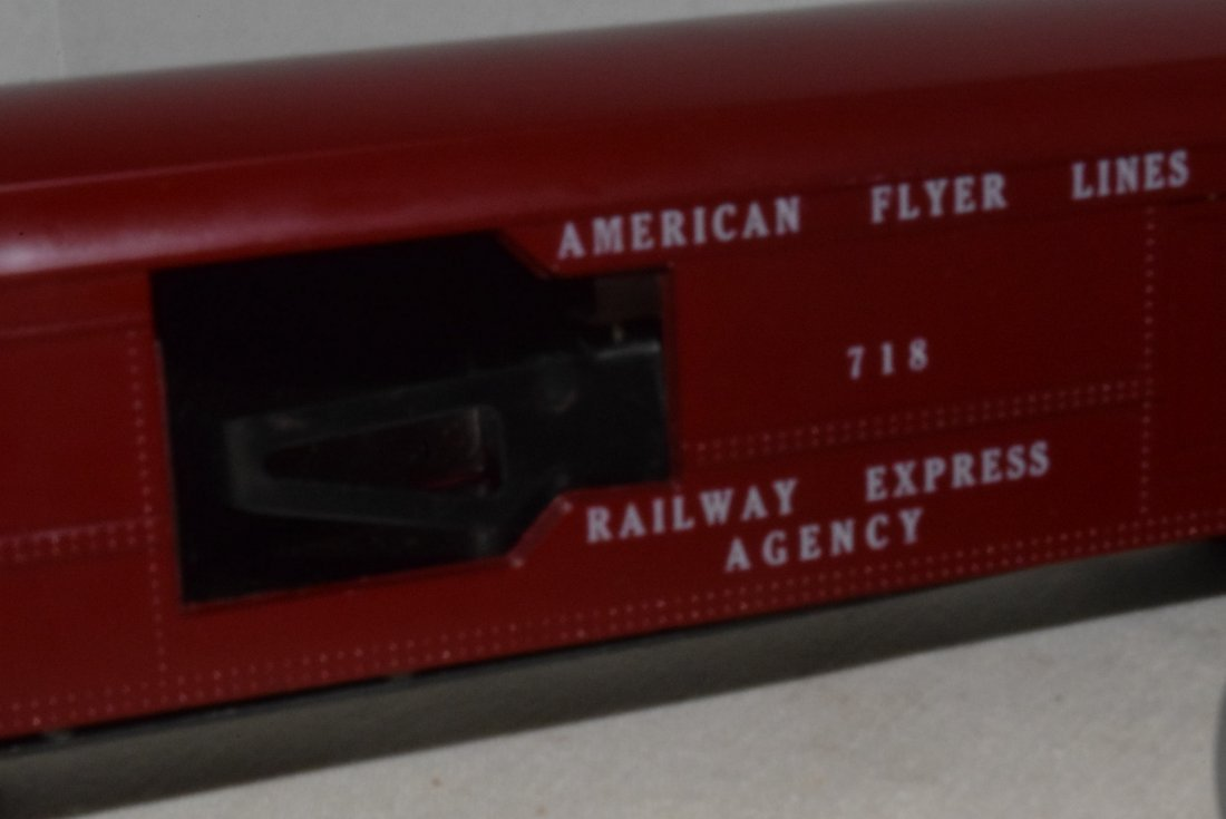 AMERICAN FLYER TRAIN-OPERATING MAIL PICK-UP CAR & - 9