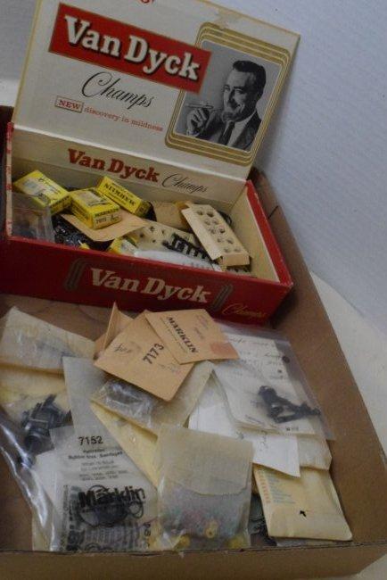 MARKLIN TRAIN PARTS AND ACCESSORIES IN CIGAR BOX