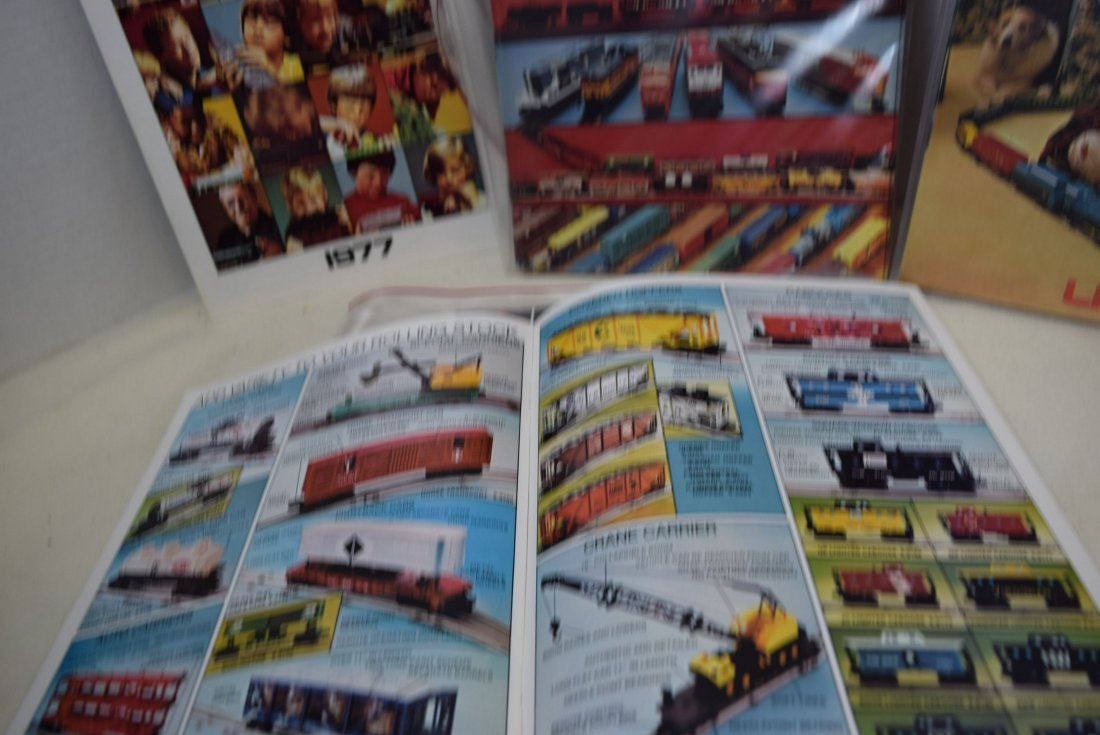 LIONEL TRAIN CATALOGS FROM 1972-1977 - 4