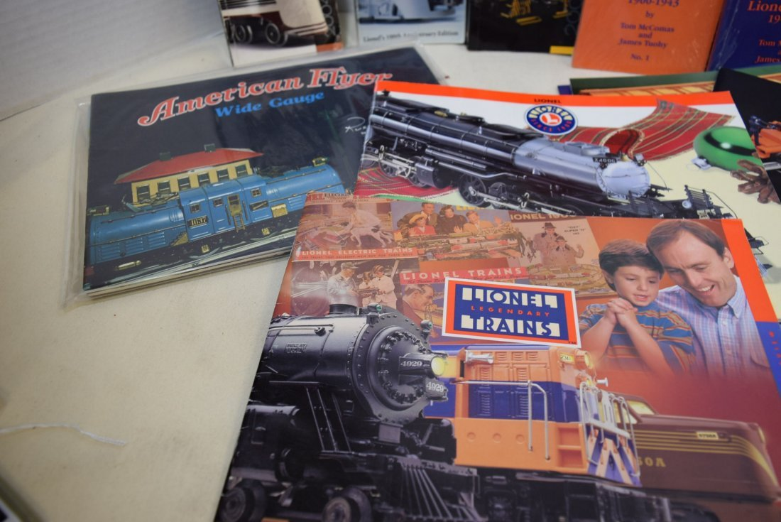 LIONEL TRAIN CATALOGS AND POCKET PRICE GUIDES - 4