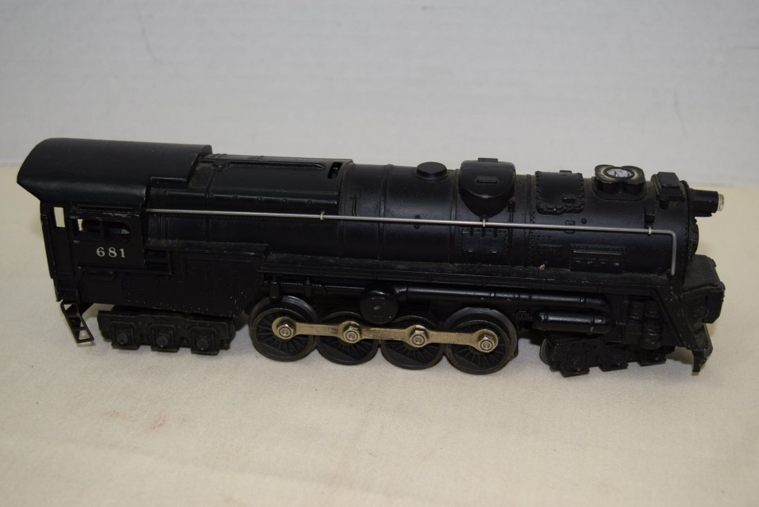LIONEL STEAM LOCOMOTIVE 681