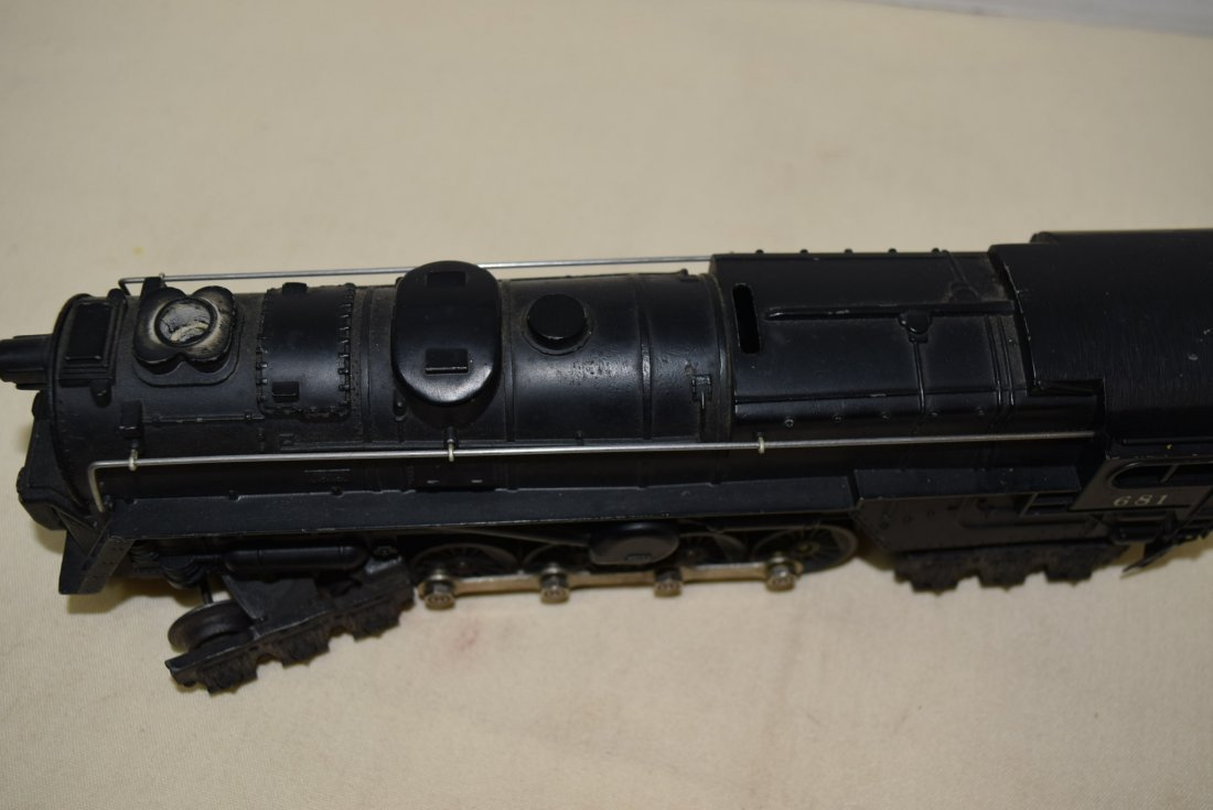 LIONEL STEAM LOCOMOTIVE 681 - 5