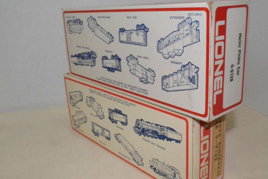 LIONEL TRAIN PICKLE AND PINEAPPLE CARS-NIB - 7