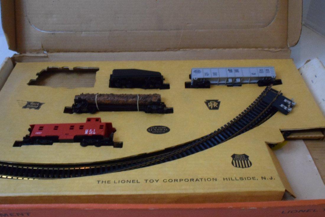 3 PARTIAL LIONEL HO TRAIN SETS - 8