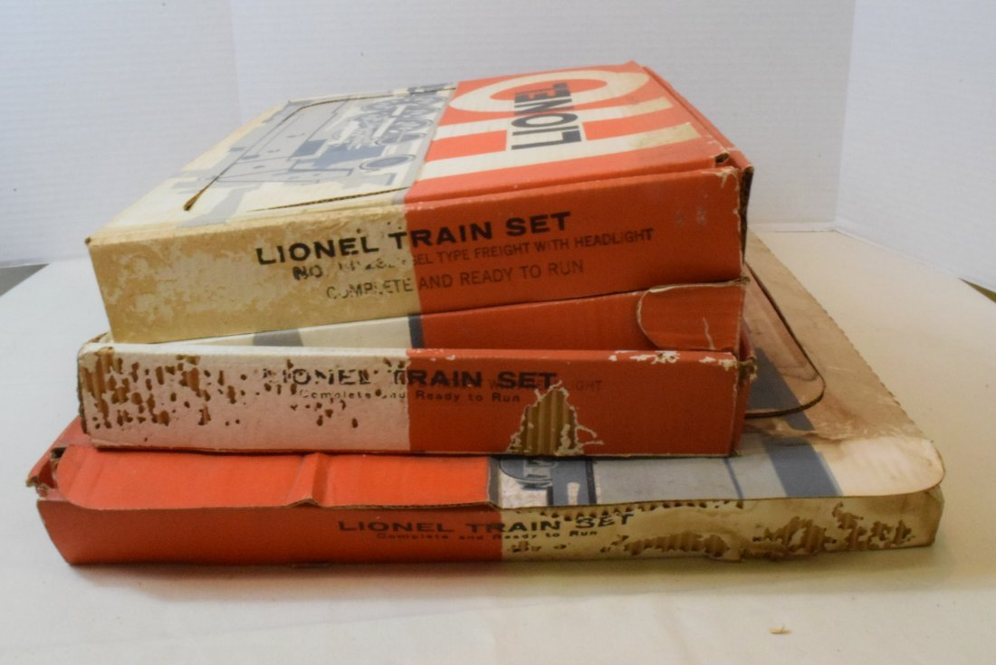 3 LIONEL PARTIAL HO TRAIN SETS