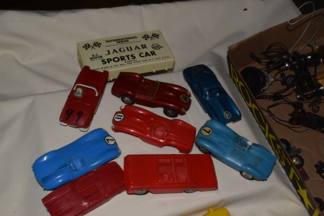 VARIOUS SLOT CARS & RACE TRACK ACCESSORIES-ELDON & - 4