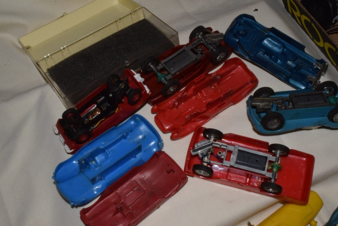 VARIOUS SLOT CARS & RACE TRACK ACCESSORIES-ELDON & - 6