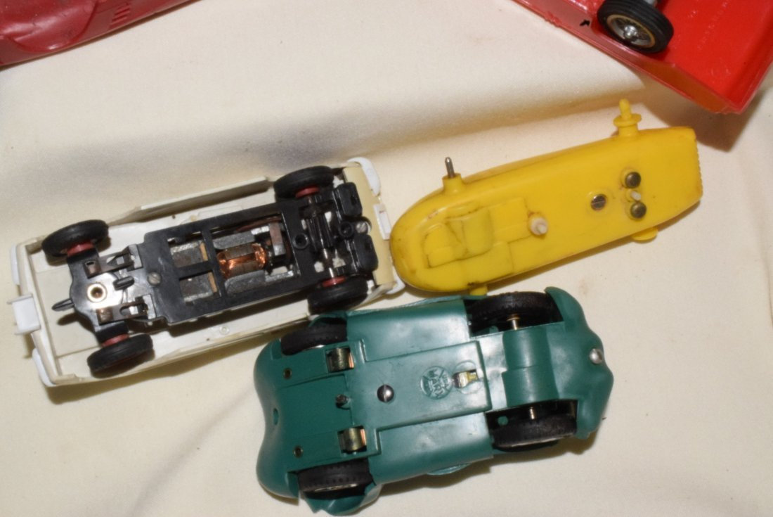 VARIOUS SLOT CARS & RACE TRACK ACCESSORIES-ELDON & - 7