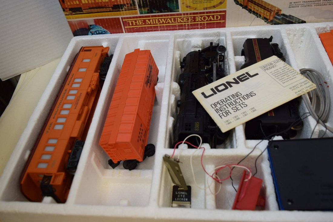 LIONEL MILWAUKEE SPECIAL 10223 - 2