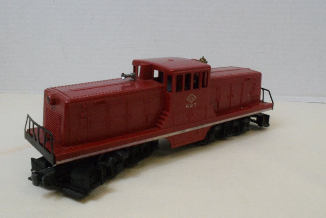LIONEL 627 RED LV 44 TON SWITCHER