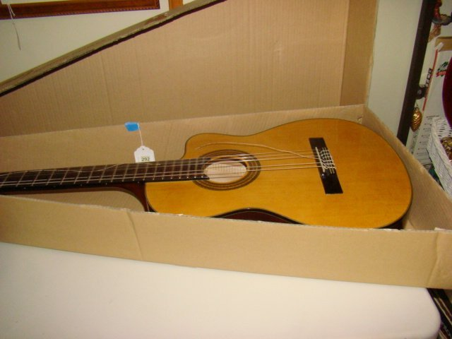 IBANEZ ACCOUSTIC GUITAR IN ORIGNAL BOX