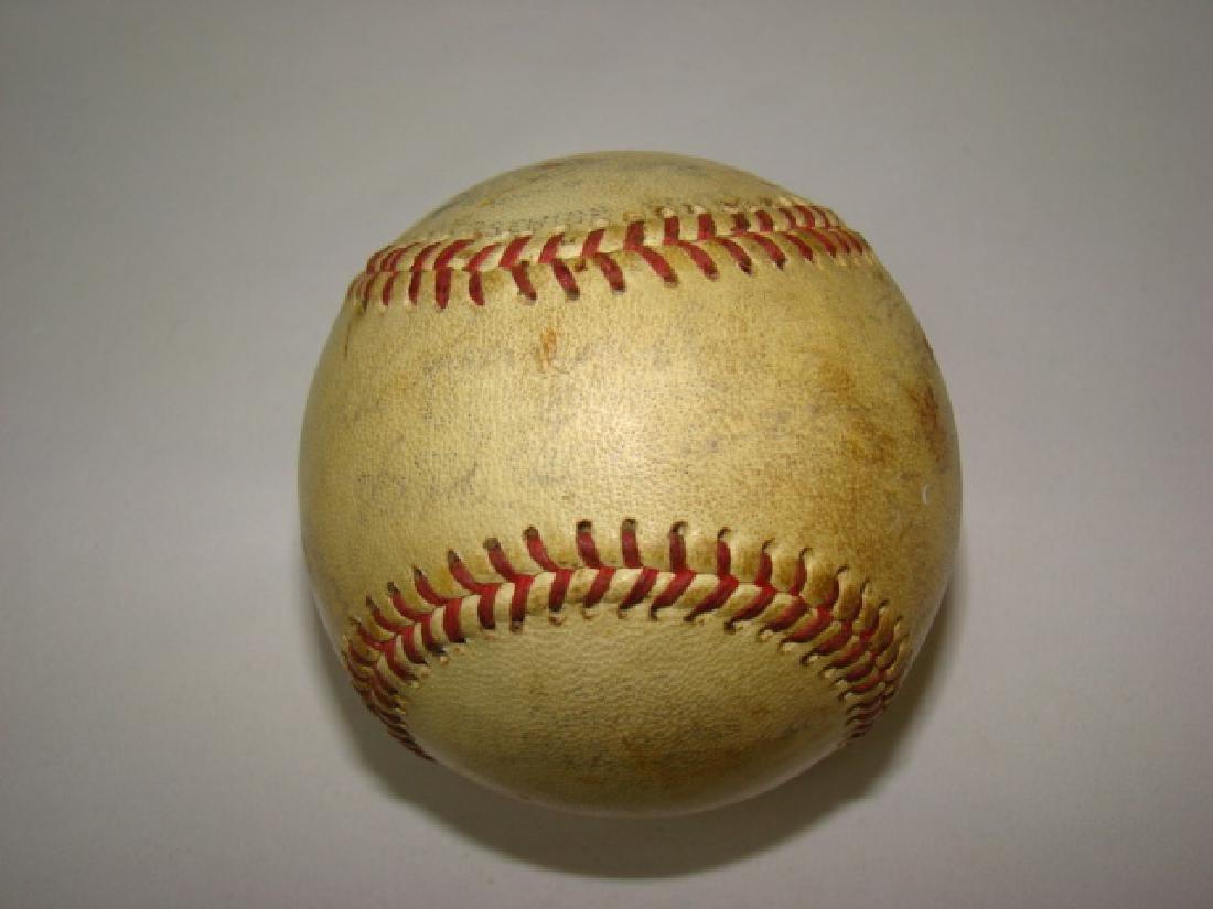 1950'S TEAM SIGNED BASEBALL -SACRAMENTO SOLONS - 10