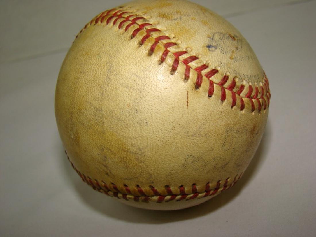 1950'S TEAM SIGNED BASEBALL -SACRAMENTO SOLONS - 7