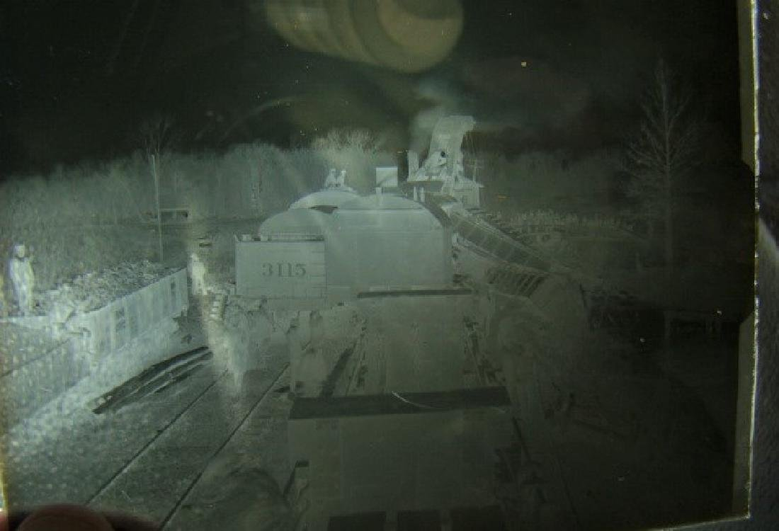 ANTIQUE GLASS SLIDE NEGATIVES OF TRAIN WRECK IN IO - 3