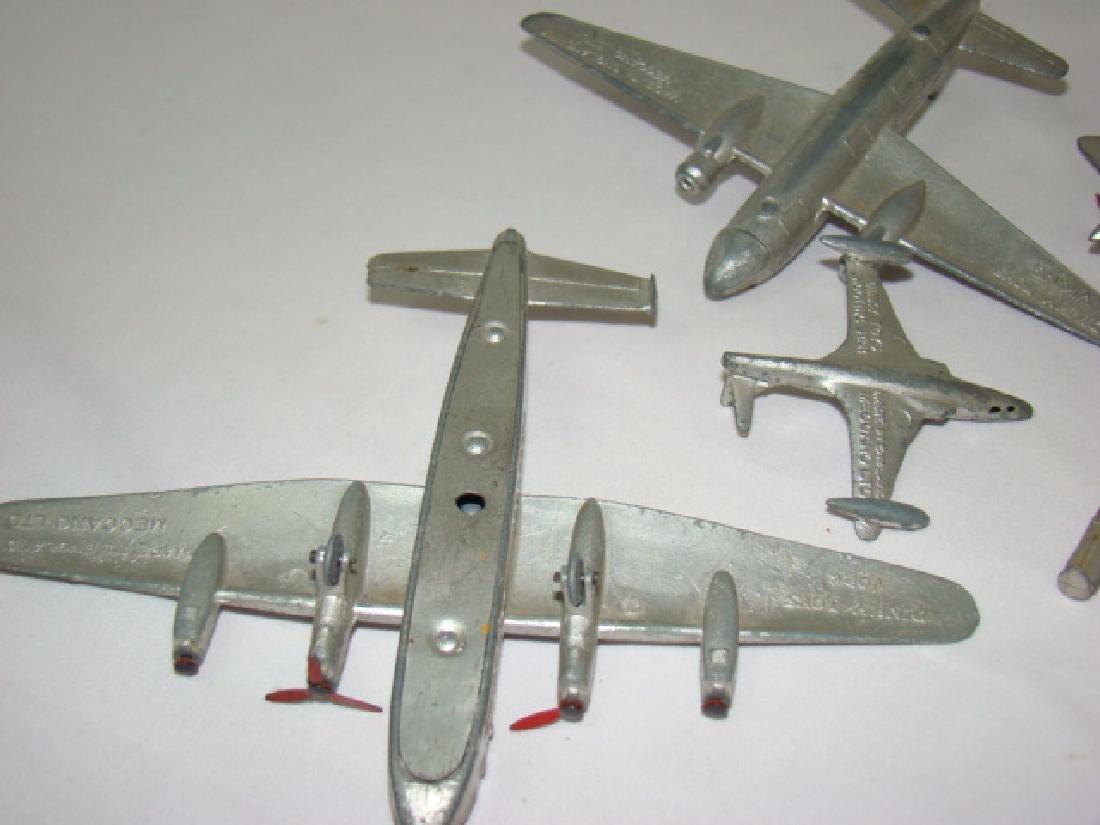 7 VINTAGE DINKY TOY AIRPLANES - 9