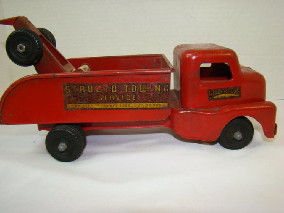 1950'S STRUCTO TOWING SERVICE TOY TRUCK - 5