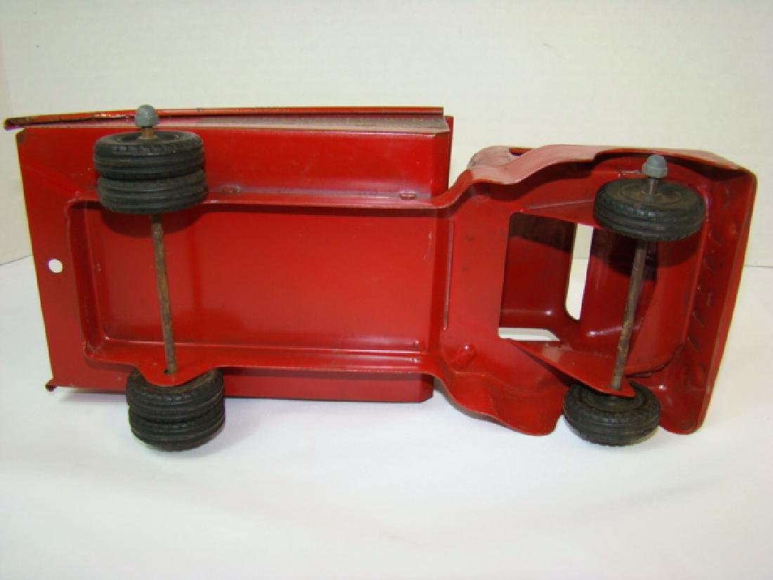 1950'S STRUCTO TOWING SERVICE TOY TRUCK - 7