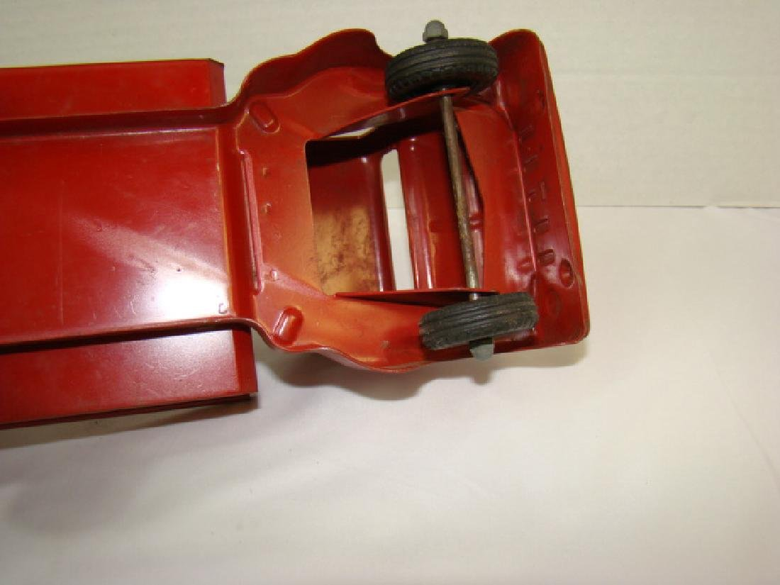 1950'S STRUCTO TOWING SERVICE TOY TRUCK - 8