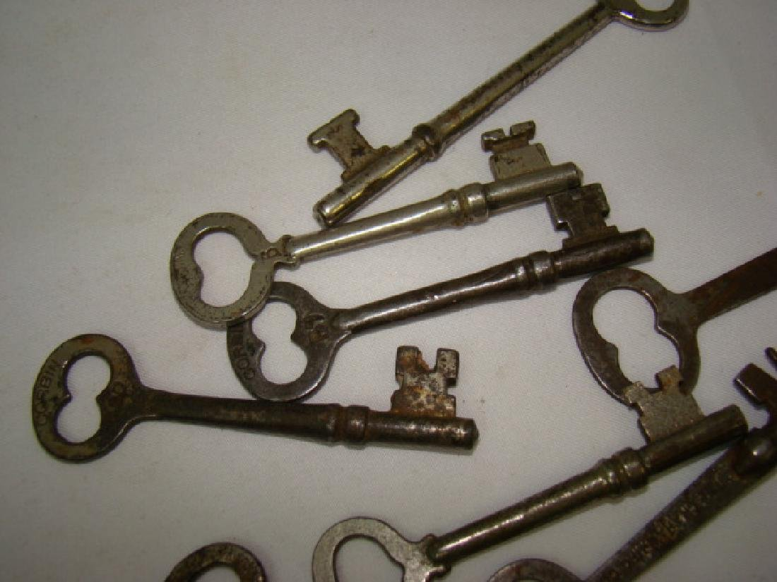 ANTIQUE BRASS FRAIM KEY-CORBIN GRAHAM KEY & MORE - 7