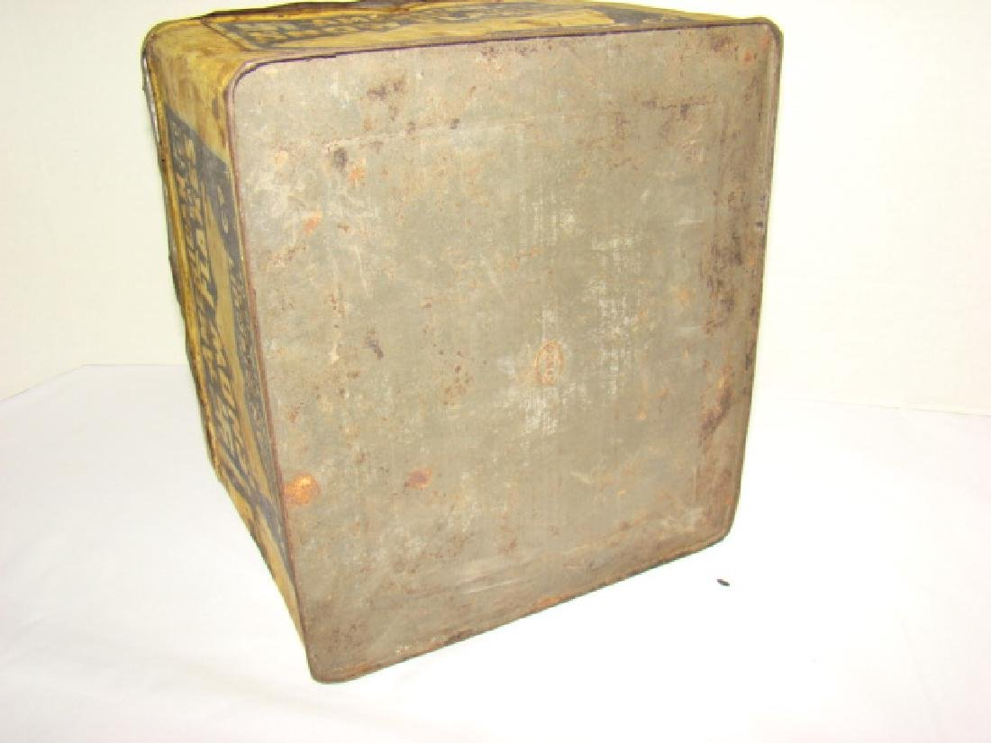AMERICAN BISCUIT CO - SALTED CRACKER TIN - 5