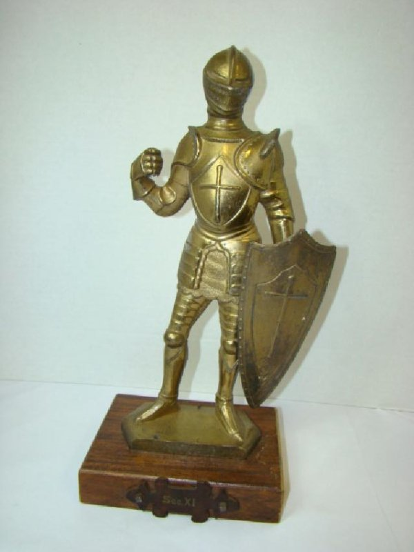SOLID BRASS MEDIEVAL KNIGHT STATUE