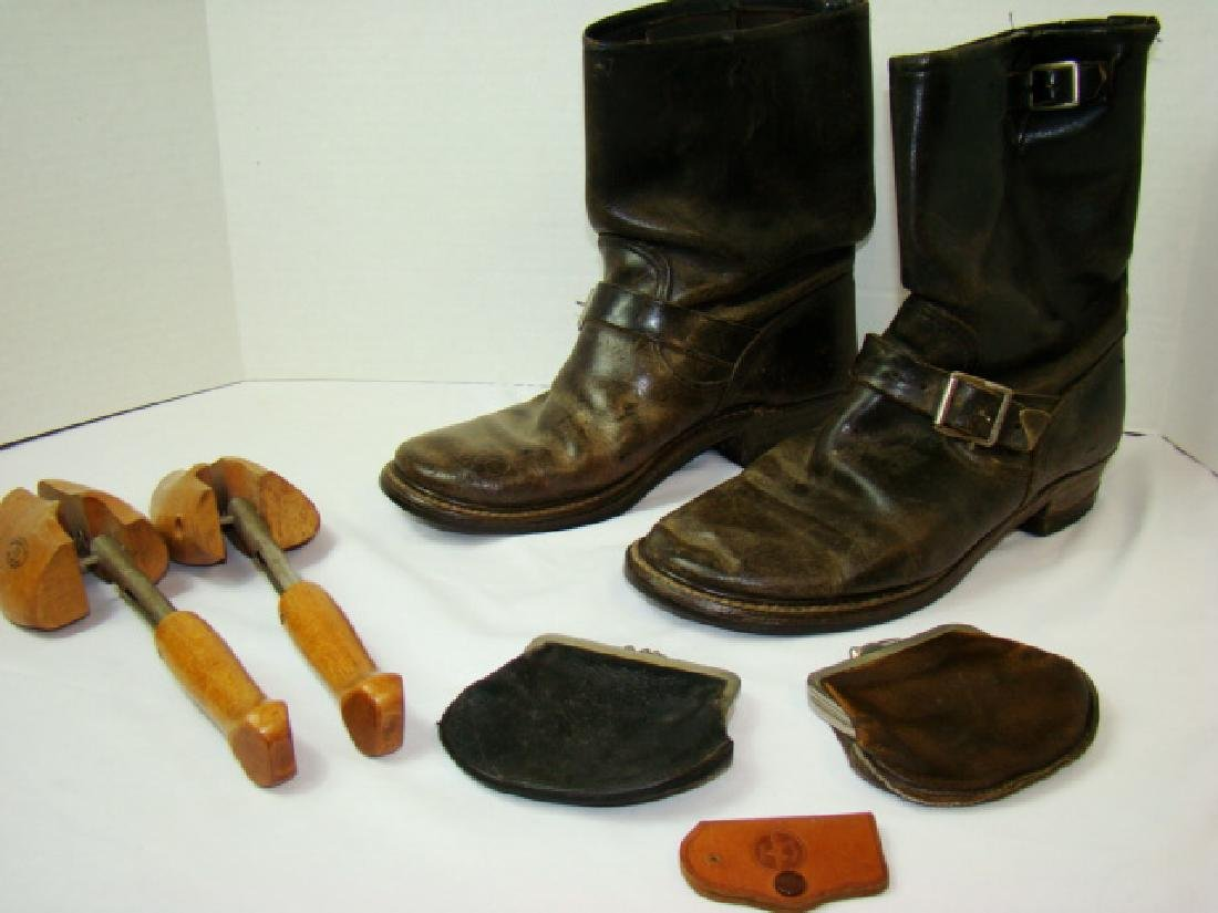 VINTAGE MOTORCYCLE BOOTS & COWHIDE COIN PURSES - 2