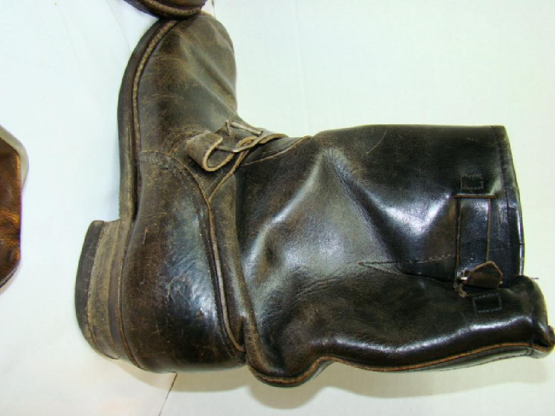 VINTAGE MOTORCYCLE BOOTS & COWHIDE COIN PURSES - 5