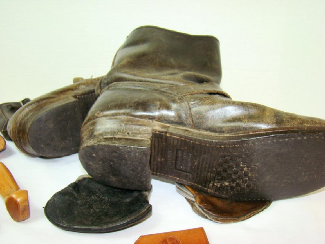 VINTAGE MOTORCYCLE BOOTS & COWHIDE COIN PURSES - 6