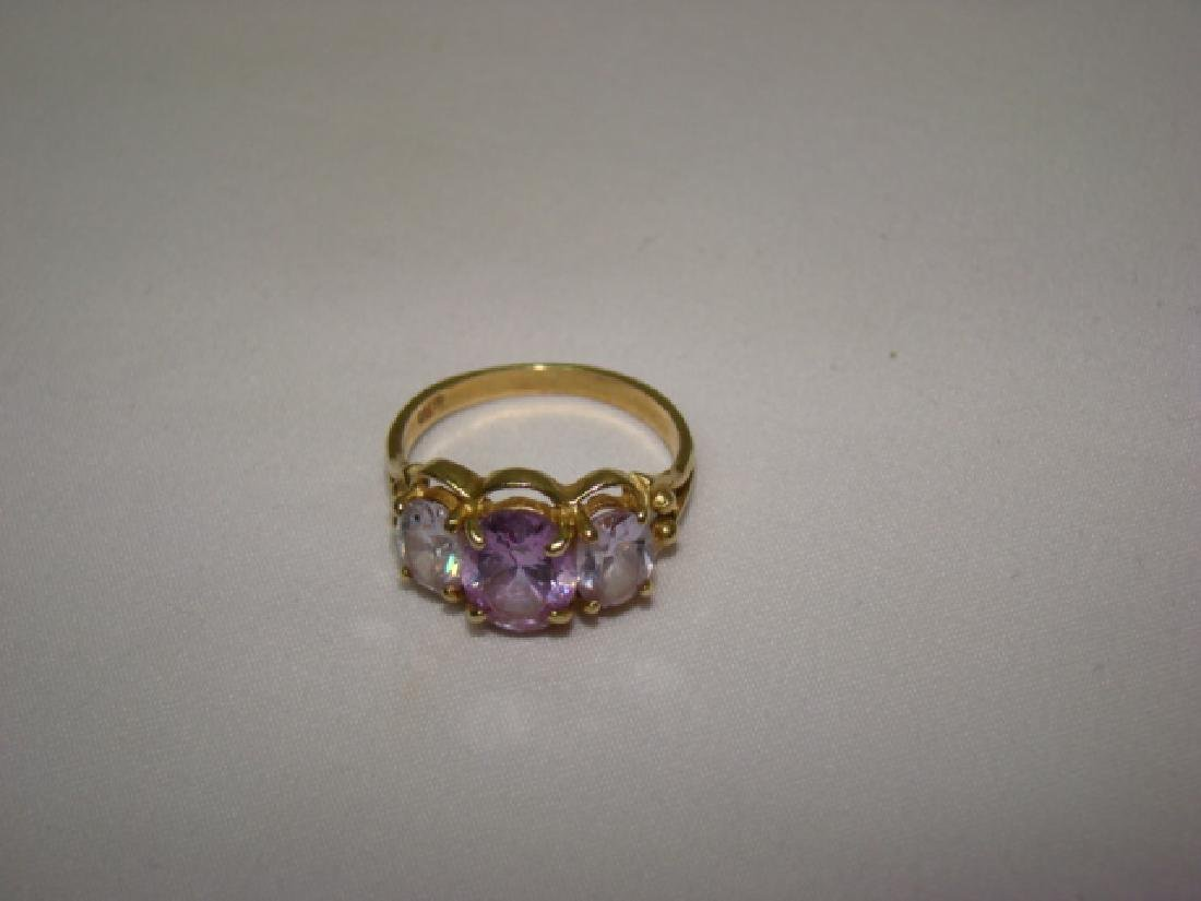10K GOLD LADIES RING WITH LARGE STONES