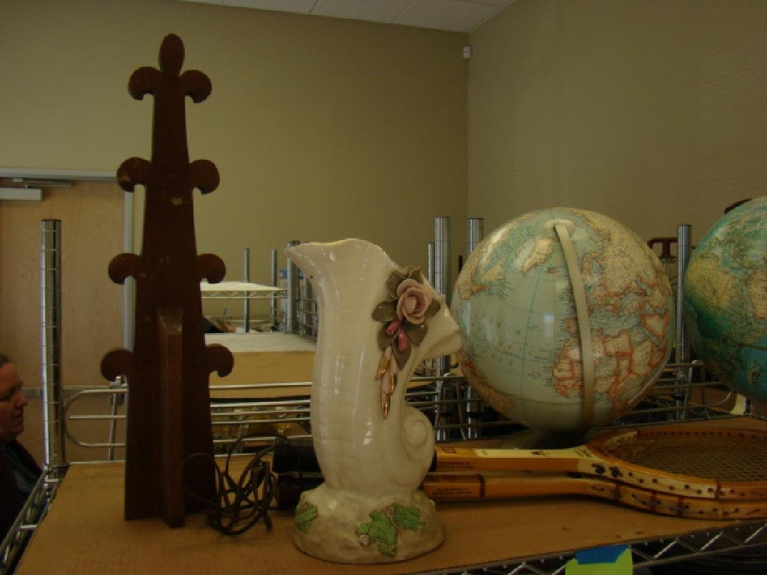SHELF LOT-DECOR-WORLD GLOBES - 2