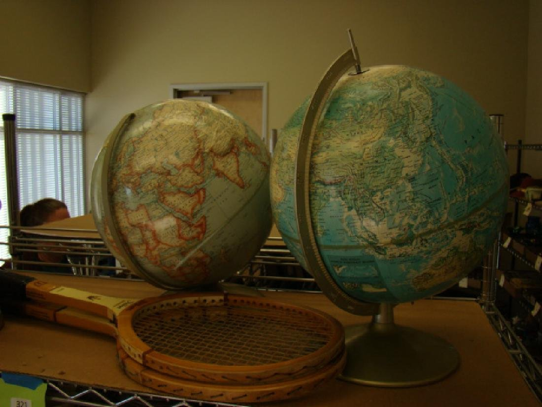 SHELF LOT-DECOR-WORLD GLOBES - 3