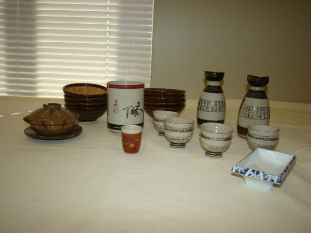 ONEIDA CRAFT STAINLESS FLATWARE & SAKE DISHES - 2