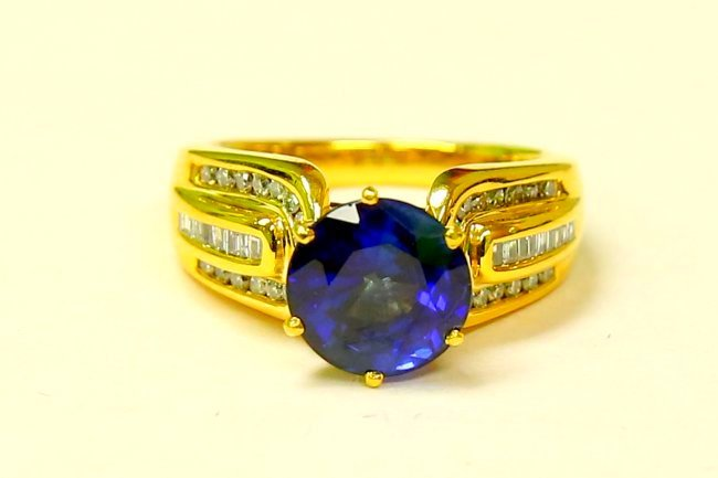 14K 100% natural 7 carat Blue Sapphire & diamond ring