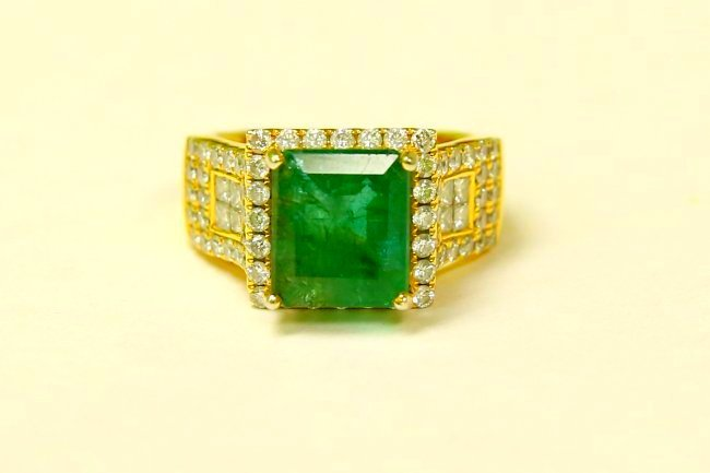 14k Gold 100% Natural 7.5 Carat Diamond & Emerald Ring