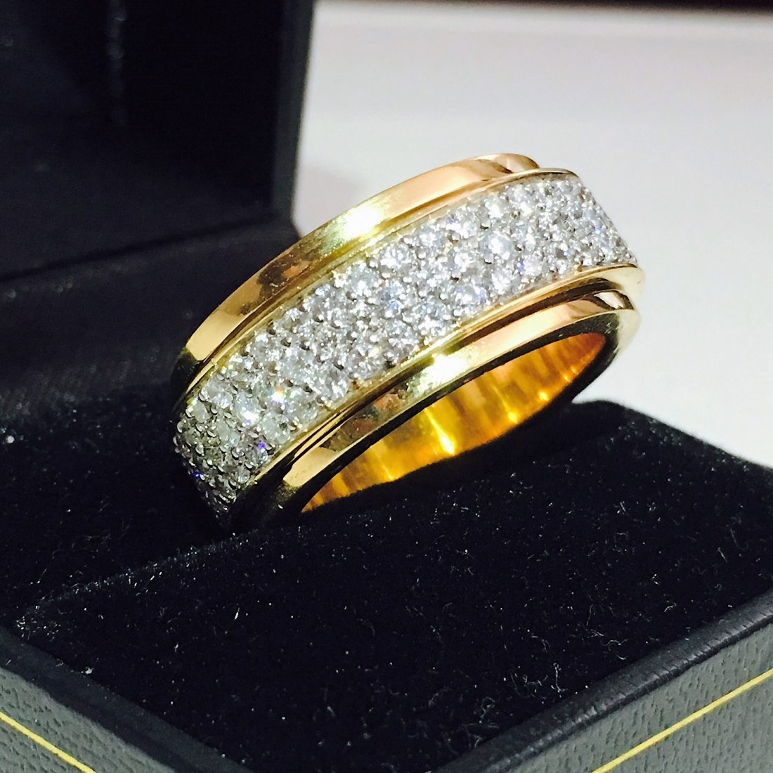 18k Gold 4.50 Carat Diamond Ring