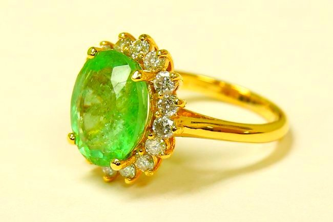 14k Yellow Gold 100% NATURAL Emerald And Diamond Ring