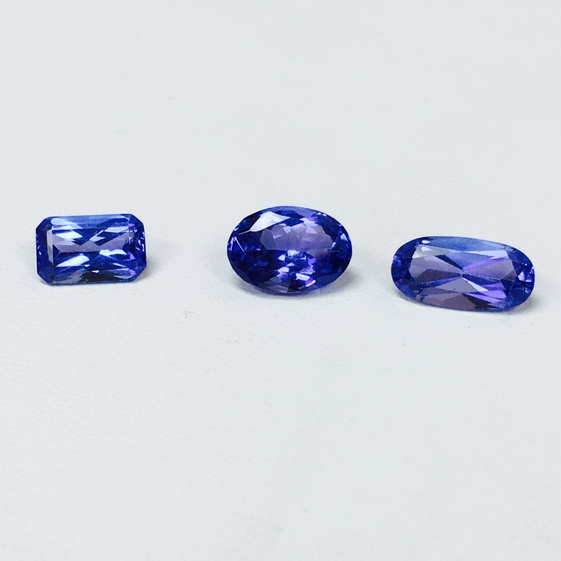 rectangular cut brilliant product modified tanzanite cornered loose eha